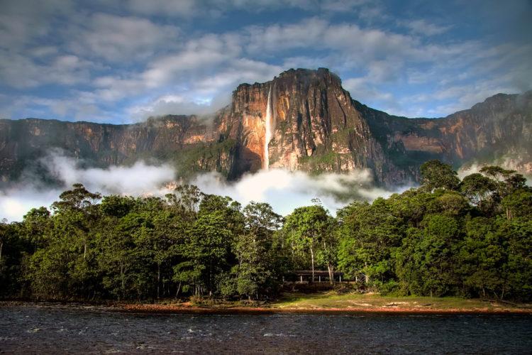 Туристический копирайтинг на испанском: Los 5 mejores parques para visitar en Caracas